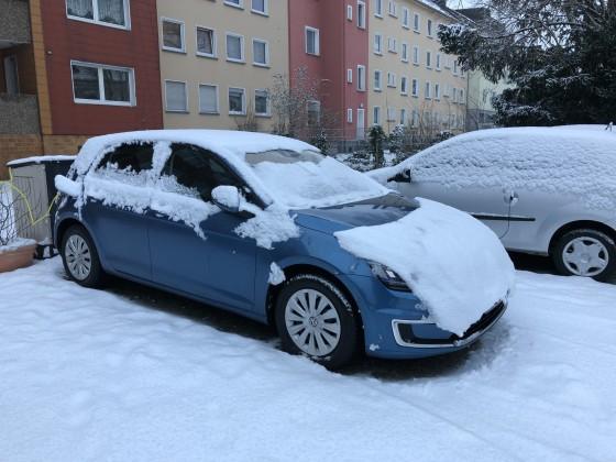 eGolf im Schnee