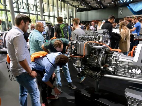 IAA 2019 - Mercedes Hybridmotor