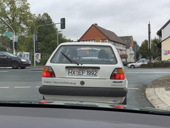 Elektroauto voraus!