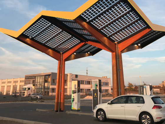 E-Golf bei Fastned : Paderborn